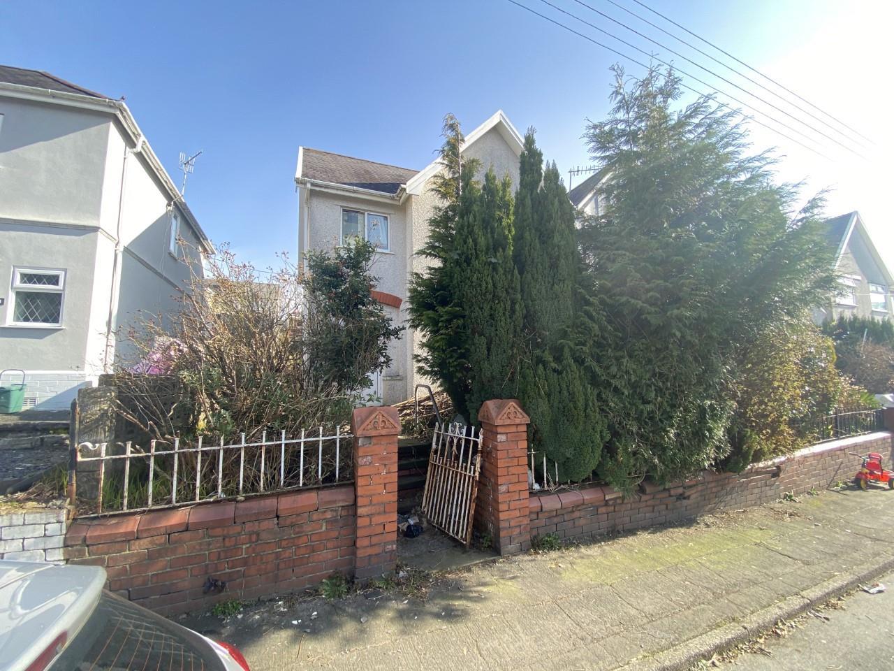 Kelvin Road, Clydach, Swansea, SA6 5JP